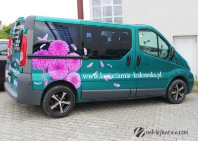 Oklejony samochód kwiaciarni Laskowska